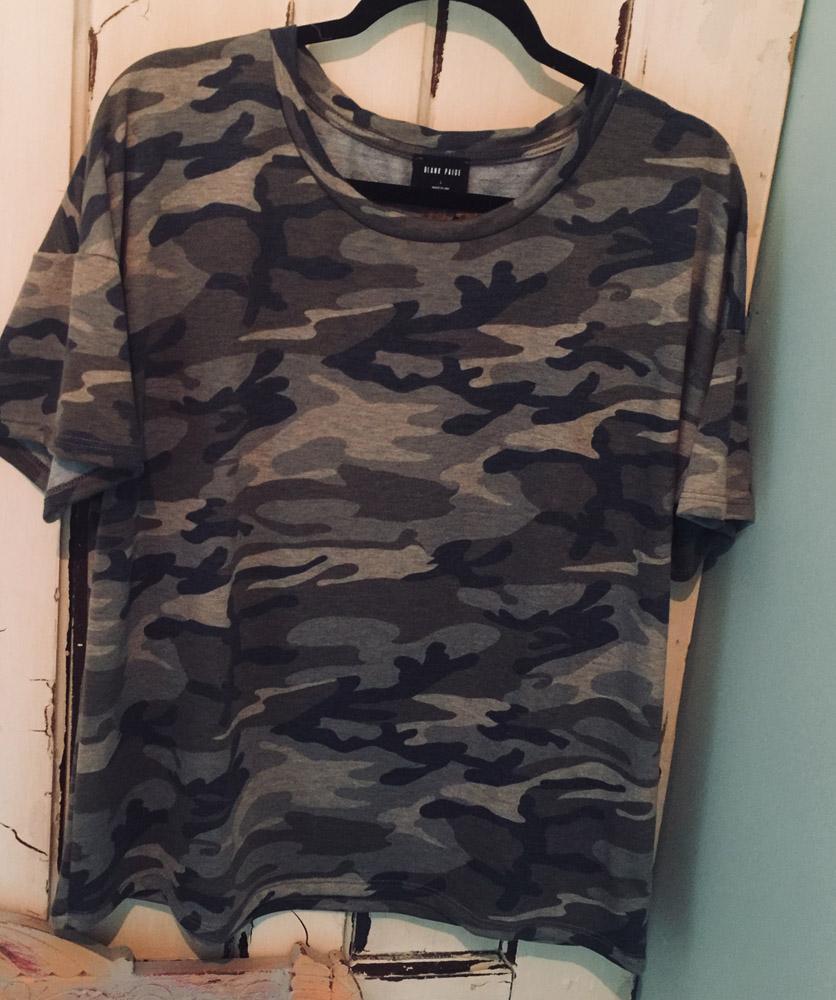 Blank Paige – Camo Shirt – Size Large